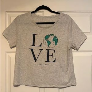 LOVE 🌎 day T-shirt
